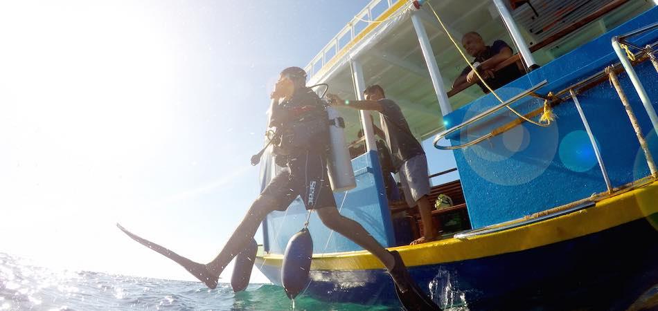 Maldives_Diving_Rustik Travel